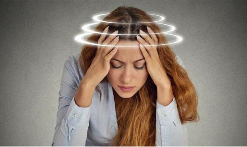 triệu chứng đau đầu thường gặp 1